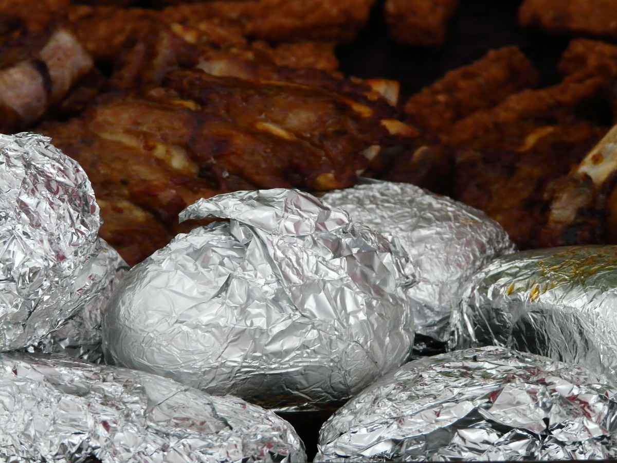 Put Aluminum Foil in a Toaster Oven